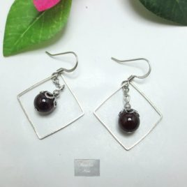 Boucles grenat Square