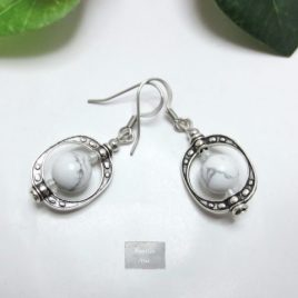 Boucles Howlite Cage